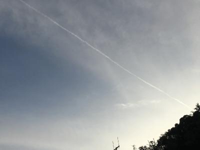 ほしだ園地からの飛行機雲